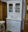 Weißer Küchenschrank