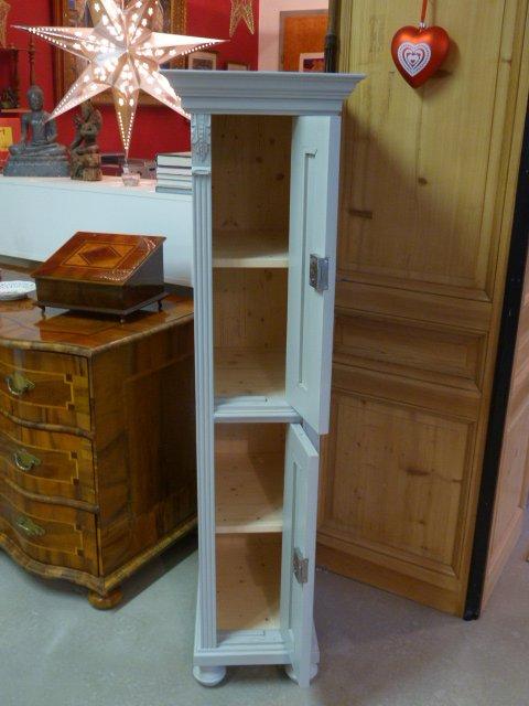 schrank antike m bel. Black Bedroom Furniture Sets. Home Design Ideas