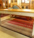 Esstisch mit Besteckaudruck im Landhausstil