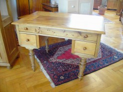 Gründerzeit Schreibtisch aus Fichte massiv und gewachst